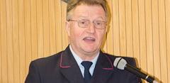 Kommandant Mayer erhält Feuerwehrehrenkreuz