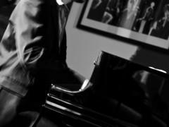 Jazz & Wein  im Olympia-Kino