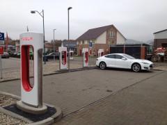 Kooperation zwischen Tesla Motors und MVV